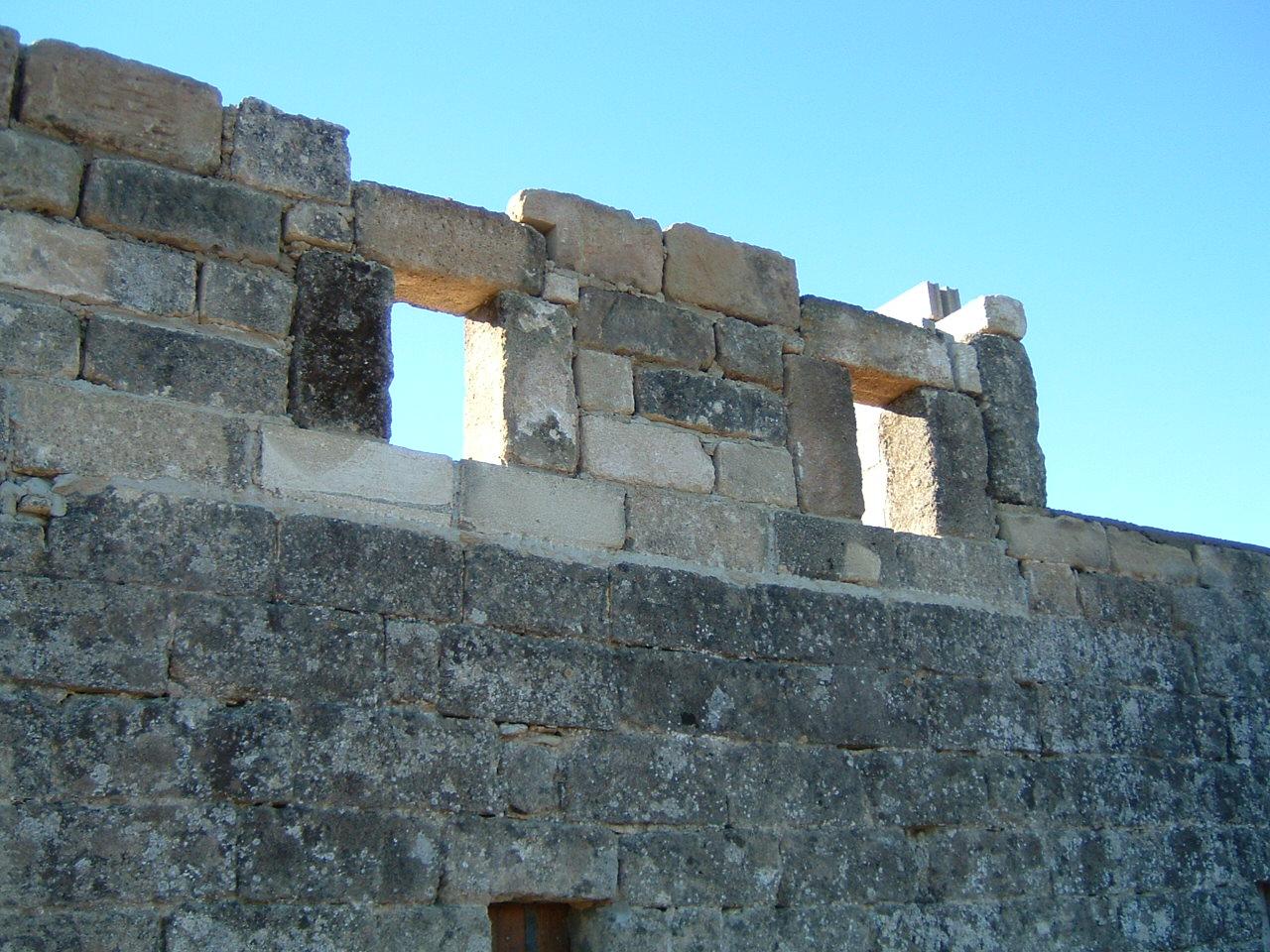 Maconnerie renovation uzes maison toiture gard 30 for Construction piscine uzes