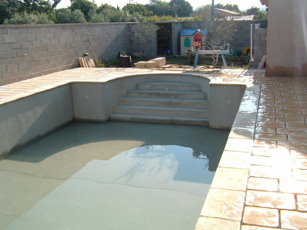 9 et r novation ma onnerie entreprise bouzigue for Construction piscine uzes